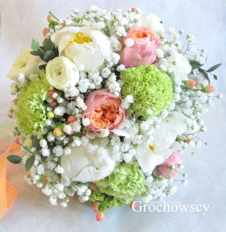 bukiet ślubny Człuchów white peonies vivurnum wedding bouquet #piwonie #różeangielskie