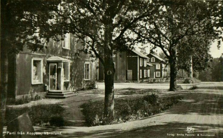 Eda. Äldre hyreskåkar i Koppom, 1950-talet Utg Arvika Pappers og Konsthandel
