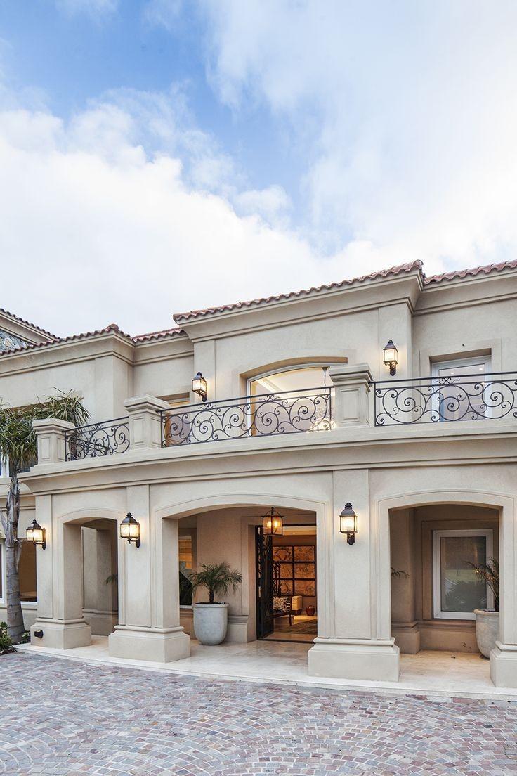 24 Fachadas estilo colonial