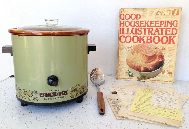 Vintage Rival Crock Pot Slow Cooker Avocado Green w/ Cookbook Recipes #Vintage #Crockpot #Rival #Cokbook #Recipes #Midcentury #Thriftytrendzbyjuls