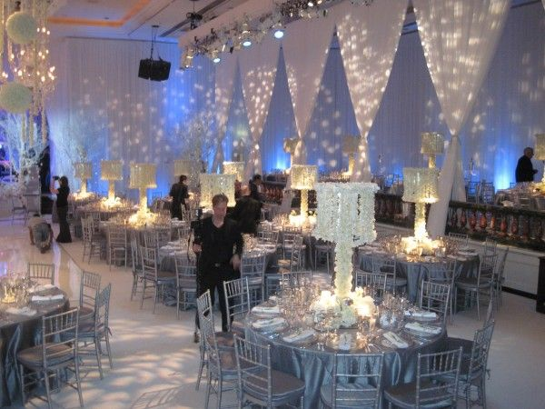 38 best images about winter wedding ideas on pinterest for Winter themed wedding centerpieces