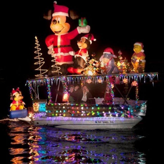 Newport Beach Christmas Boat Parade Lovin The Pinterest And