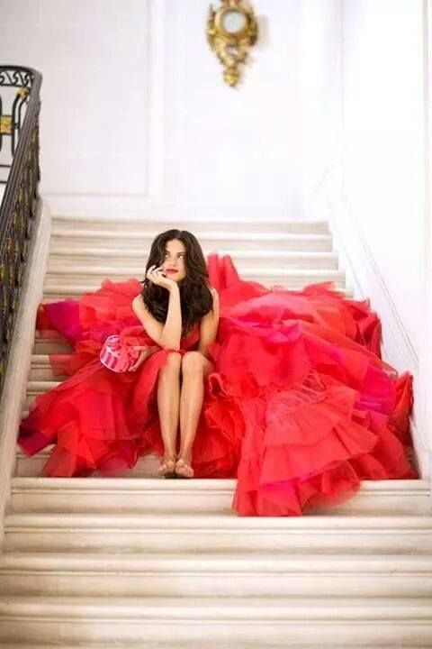 Der Valentinstag Ist Der Tag Der Verliebten. Blumen, Gedichte, Küsse Und  Liebesbeweise