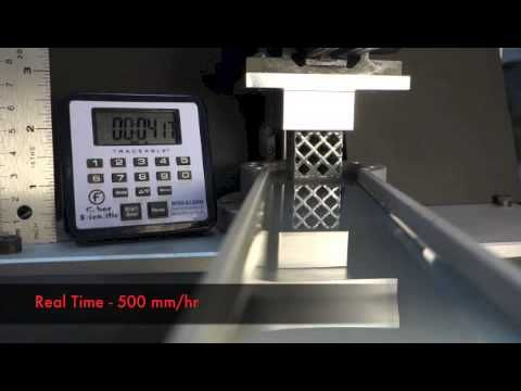 Continuous liquid interface production of 3D Objects Parte 1