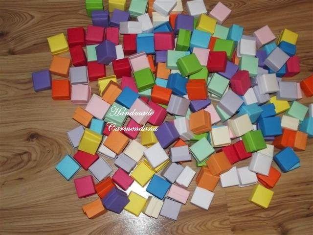 Cutiute colorate / favor box