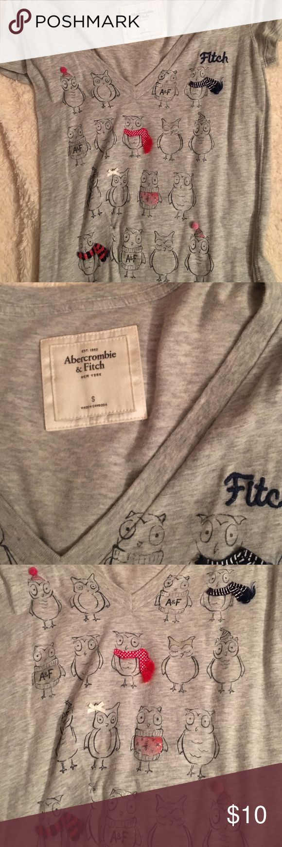Abercrombie and Fitch t shirt Grey Abercrombie and Fitch Tshirt with an owl pattern super cute for back to school Abercrombie & Fitch Tops Tees - Short Sleeve