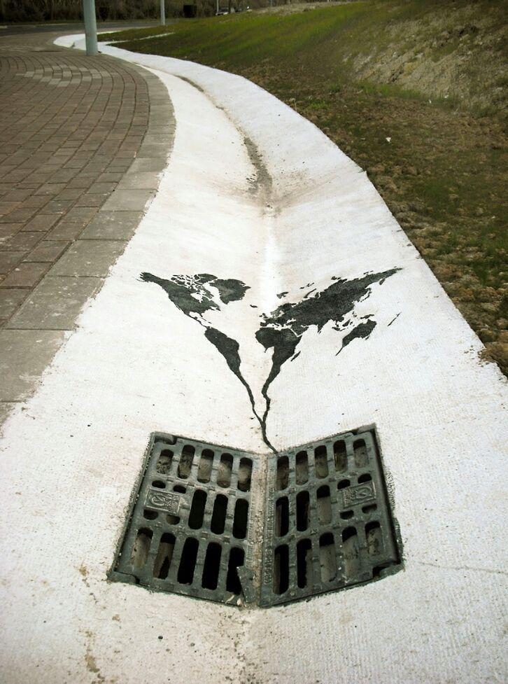 12 imágenes impactantes de arte callejero confrontando el cambio climático