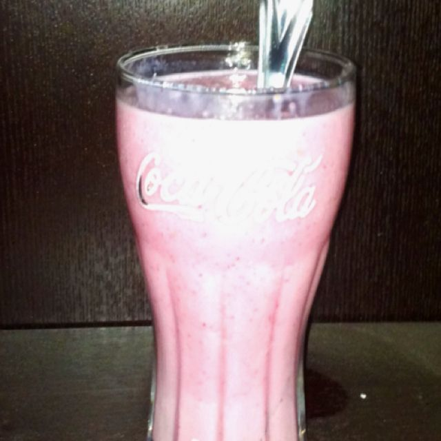 "Slim fast ""milk shake""... One slimfast strawberry shake, 2/3 cup frozen no sugar added strawberries, and Ice. Blend and enjoy!"