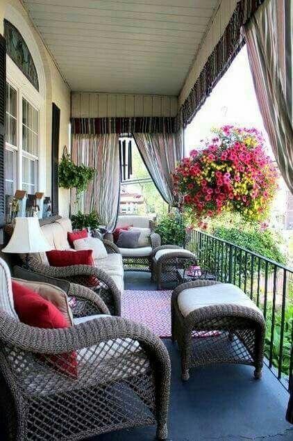 I want curtains on the deck | Textile de exterior pentru draperii si perdele, tapiserii scaune si canapele.   http://blog.decoradesign.ro/materiale-textile-de-exterior-imbinarea-armonioasa-intre-util-si-confort/