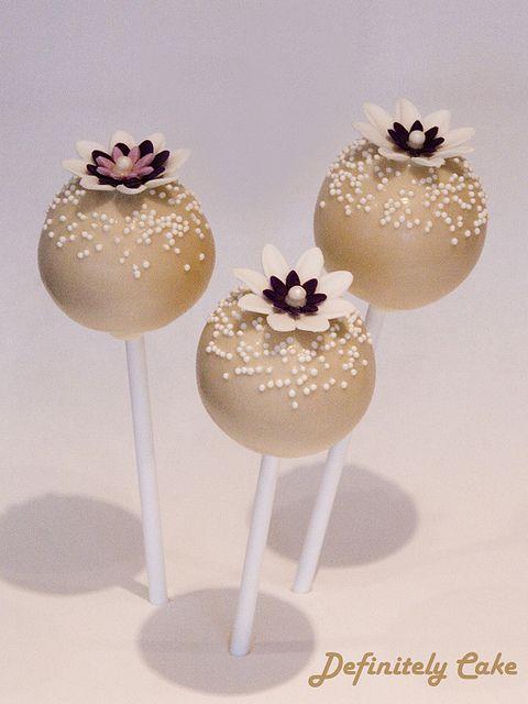 Flower Cake Pops   photo