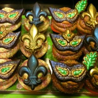 ... about Mardi Gras on Pinterest | Vanilla cupcakes, Masks and Carnivals