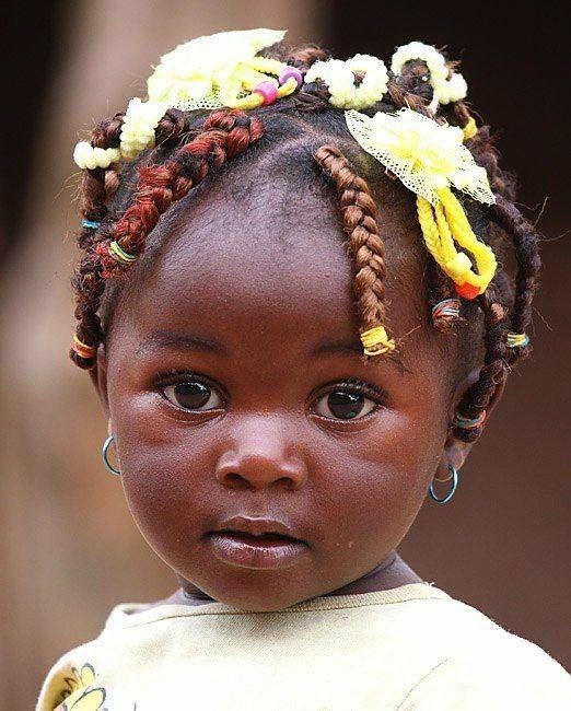 Un pinceau pour colorer la vie: AFRIQUE,  David Diop
