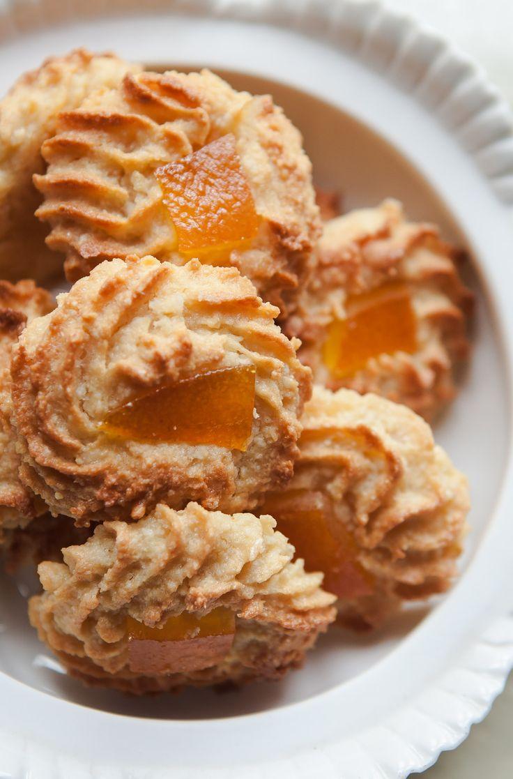 pasticcini alle mandorle (Sicilian almond pastries)