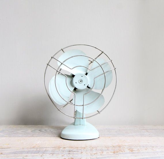 powder blue electric fan: Vintage Fans, Tables Fans, Electric Fans,  Blower, Industrial Electric, Tiffany Blue, Electric Tables, Vintage Industrial, Blue Vintage