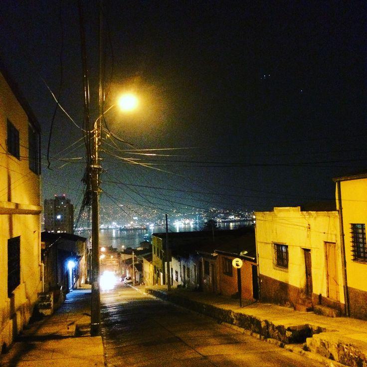 https://flic.kr/p/GQWxFc | Valparaíso de noche | Chile