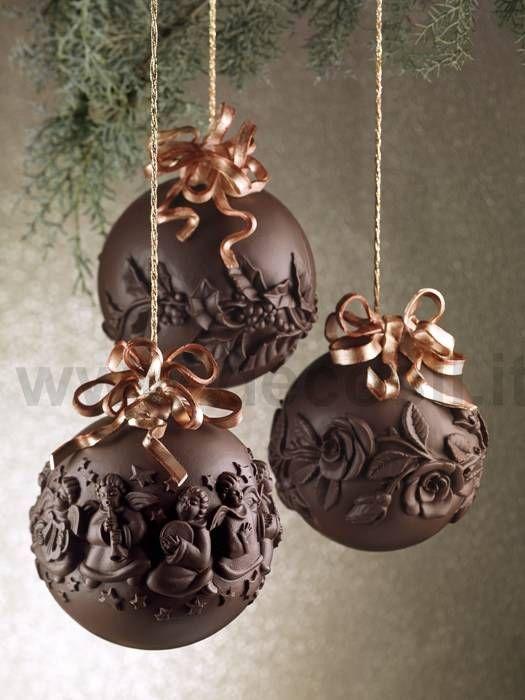 Stampi per creare sfere di cioccolato per Natale www.decosil.it Moulds for chocolate www.decosil.eu Moules à chocolat pour Sphere de Noel www.decosil.fr