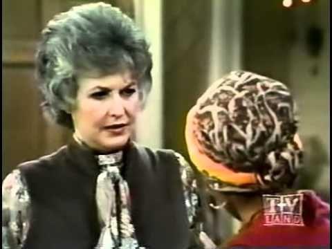 Maude season 4 episode 22 - Aftermash season 1 episode 10