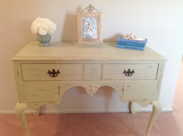 Vintage Desk Refinished With Folk Art Oatmeal Color Chalk