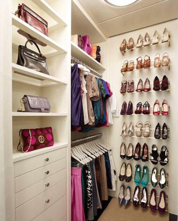 17 meilleures id es propos de range chaussures mural sur - Range chaussures mural ikea ...