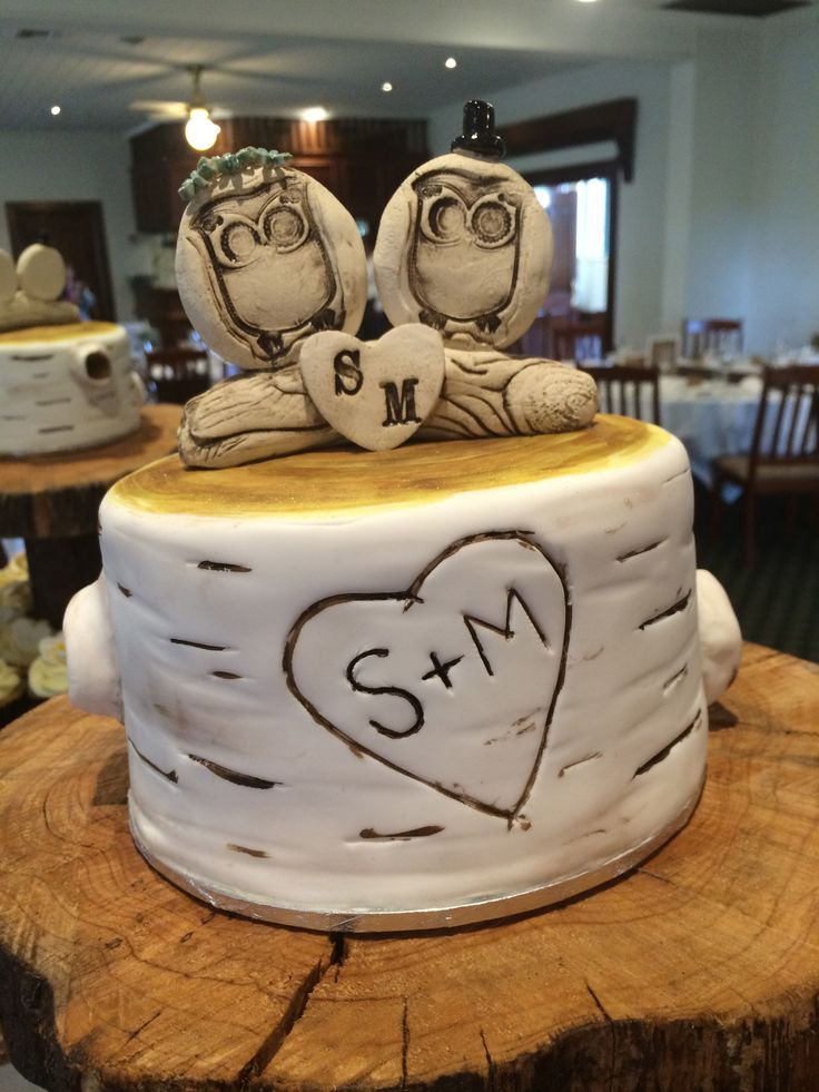 symbolic wedding cake topper - Sweet Designs by Claire #wedding #cake #love #specialoccasion #perfectday #weddingcake #trendy