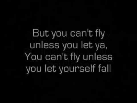 Justin  Bieber - Fall - lyrics  One out of the only two Justin Bieber songs I like.