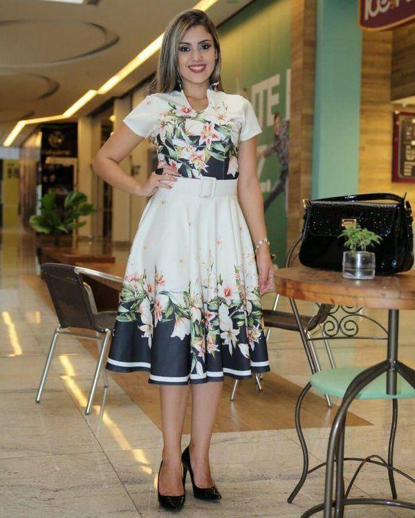 1ebbe468b0 Vestido Midi Linda Barrado e Floral - Moda Evangélica - Flor de Amêndoa