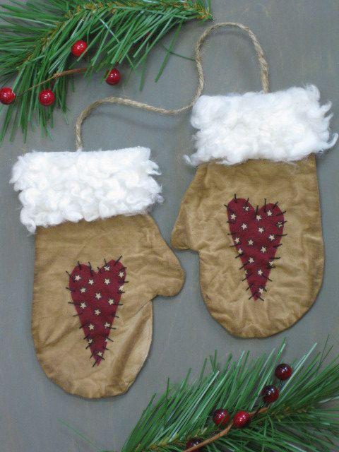 Primitive Mitten Ornaments 3 Pair Flat by HomespunCreationsJDC