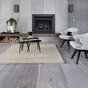 royaloakfloors #concreate #floorboards #concretepanels #warm #cosy #interiors #interiordesign #design #designerfloors #designer #interiorstyling #styling #luxury #cleandesign #greyongrey #photo #ime #interiorsme #lessismore