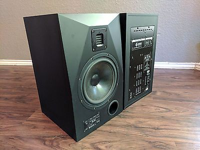 Adam S2.5a powered studio monitors pair near MINT!-used speakers for sale