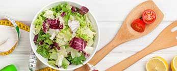Salade de quinoa, crevettes et roquette