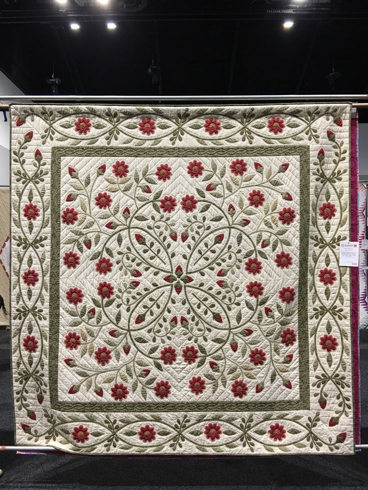 There were over 400 quilts at this years Sydney Quilt Show.  So many amazing, beautiful, outstanding quilts. This is just a small selecti...