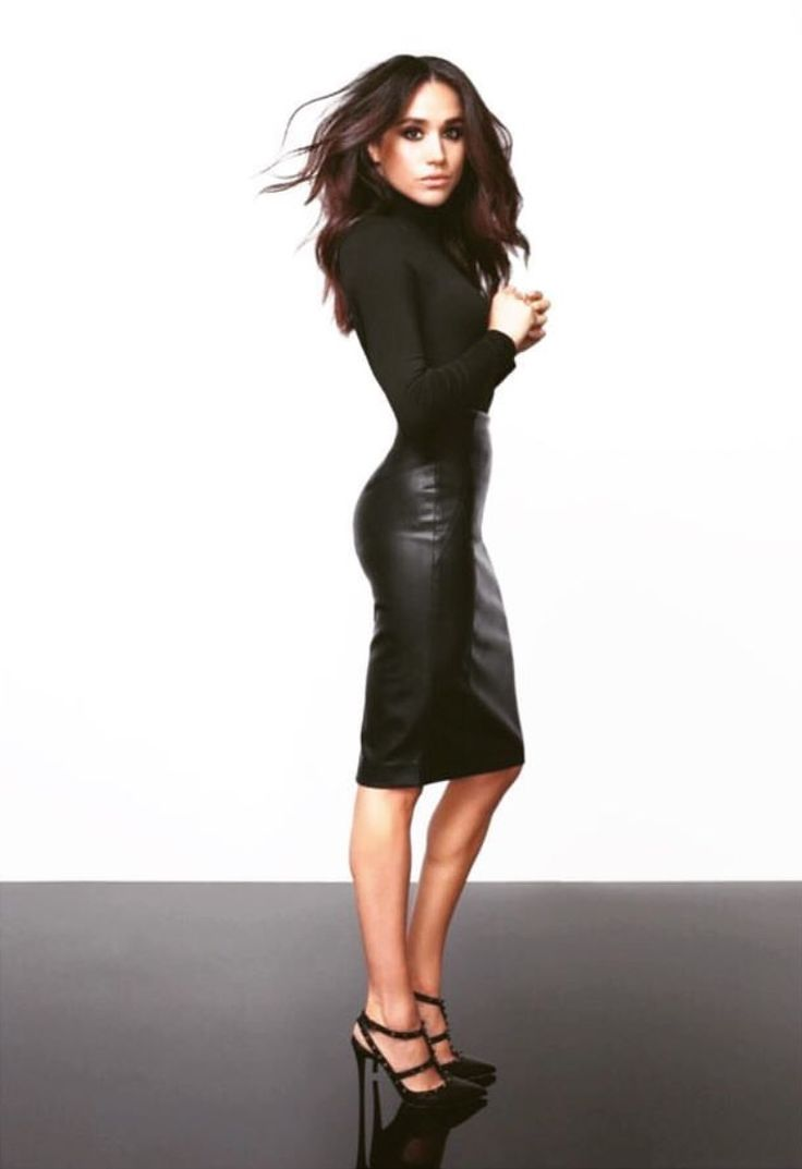 Black turtleneck + leather pencil skirt