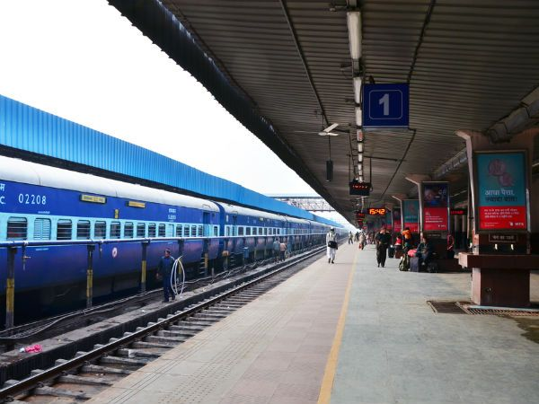 Chennai ungal kaiyil. Southern Railway has allotted LHB coaches to the Chennai-Tiruchirapalli Rockfort Express, will be activated from 26 Sep'16. #Transportupdates #chennaiungalkaiyil. Rail Routes in Chennai, Special trains from chennai, Express trains from chennai, Passenger trains from chennai, Train tickets reservation chennai