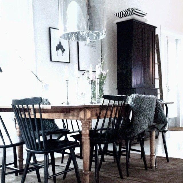 rustik bord med pinnstolar - Sök på Google