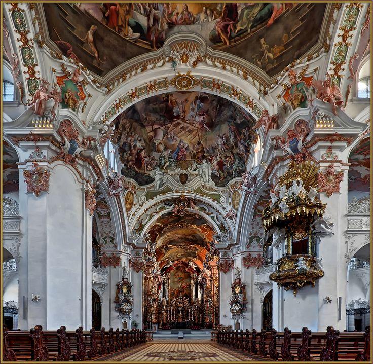 http://www.fotocommunity.de/photo/einsiedeln-stiftskirche-unserer-lieben-fra-balou008/39315696