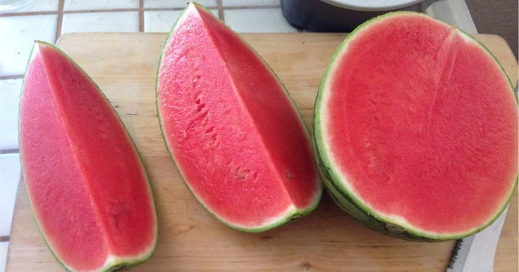 You're Picking Watermelons Wrong And Here's How To Fix It
