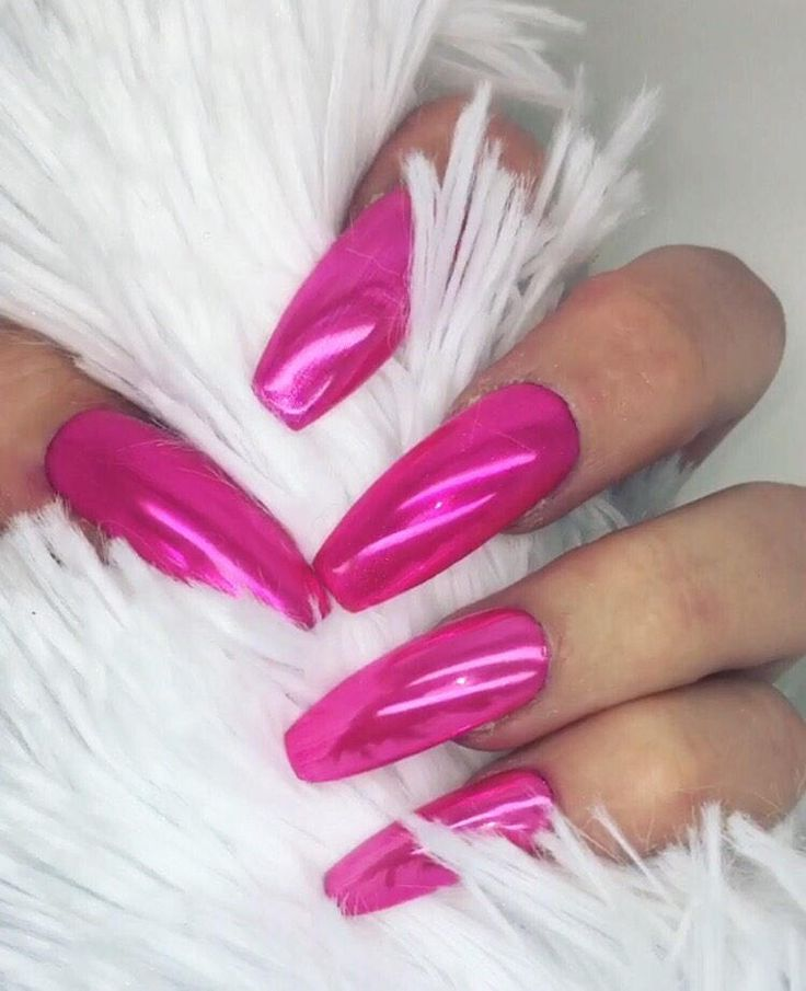 how to put on fake nails with glue