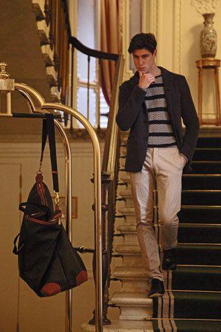 Firenze 4 Ever Ethno-Morphic La marca de compras de lujo online Luisa Vía Roma realizó la octava edición de esta plataforma dedicada a la mo...
