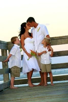CUTE and casual :). So much fun for a wedding outdoors. Simple, elegant, and casual. What more do you need? I love the little boy's outfits, here, as well. Would be perfect for the ring bearer. :-)