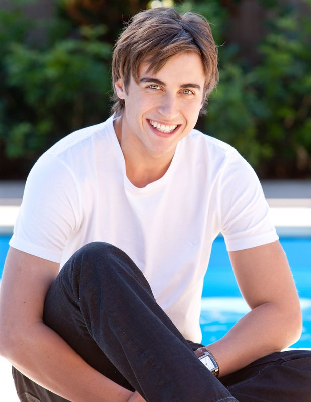 Taylor Glockner. The only reason I watch Neighbours! Hahaha!