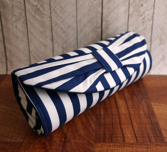 Wide blue and white striped nautical clutch bag. Bow clutch purse. Navy blue clutch, nautical wedding, Made to order