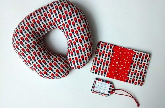 Kit Porta Passaporte + Tag + Travesseiro
