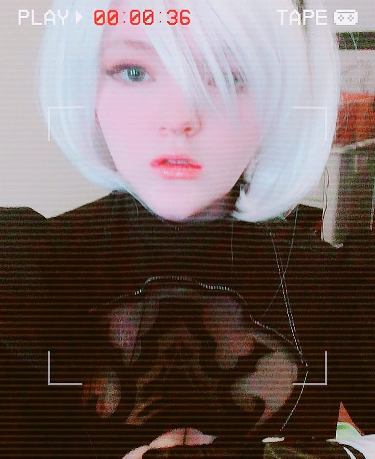 Have another 2b since I dont have much to post right now! Beauty cam slimmed my face a bit automatically but u know  #nierautomata #nierautomatacosplay #2b #2bcosplay #cosplay