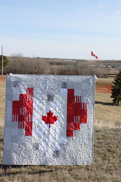 Daydreams of Quilts: Canadian Flag Pixel Heart Quilts