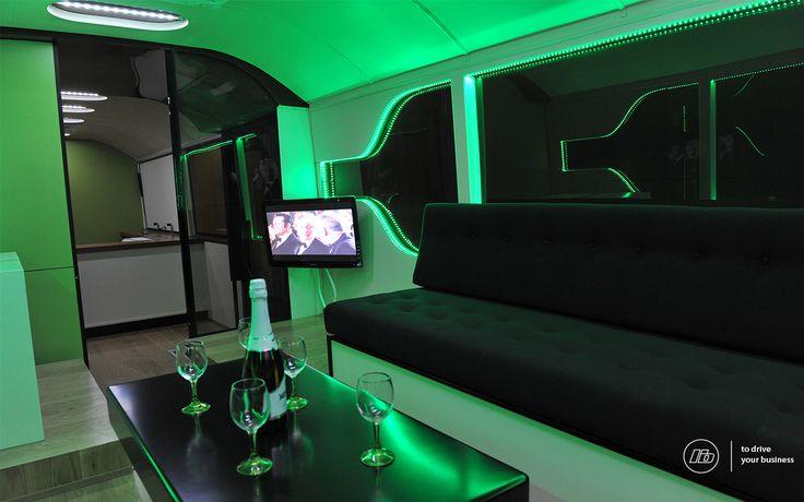 ONElider autocarro showroom de vinhos da Quinta da Lixa   Bus wine showroom