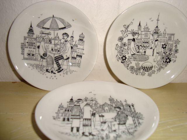 "ARABIA ""Emilia"" 1960s designed by RAIJA UOSIKKINEN dish/fad. #Arabia #Emilia #Uosikkinen #dish #fad. From www.TRENDYenser.com. SOLGT/SOLD."