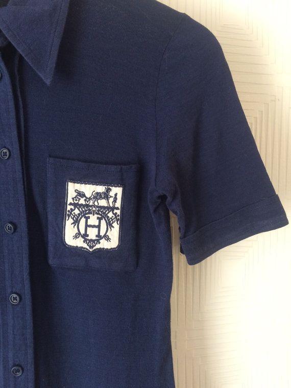 Polo tee shirt Hermes 70's dark blue par Jolibambi sur Etsy
