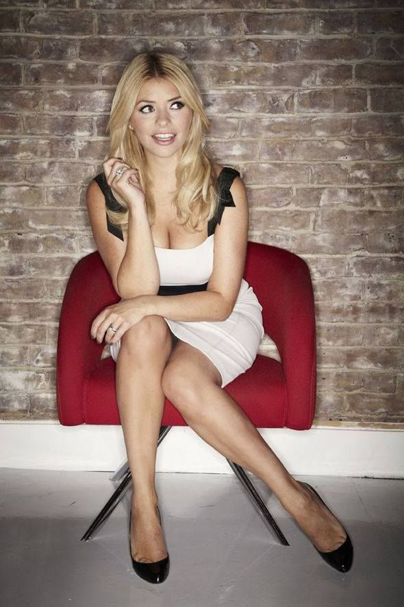 blightybimbos:  Holly Willoughby