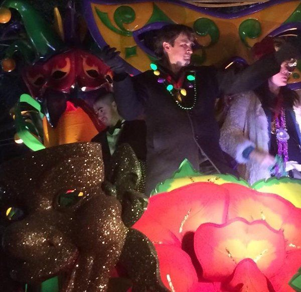The Krewe of Orpheus parade with King Nathan Fillion & Krista Allen 2016