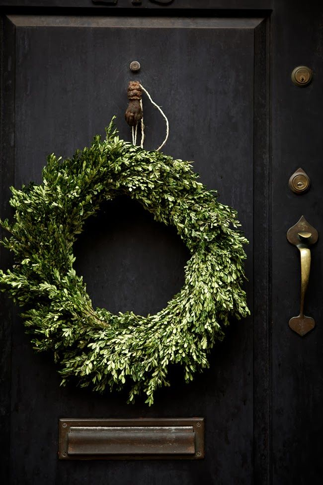 Reminds us of our custom order bayleaf wreaths.  Simple and beautiful!
